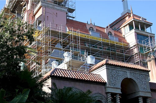 tower of terror hollywood studios scaffolding close up