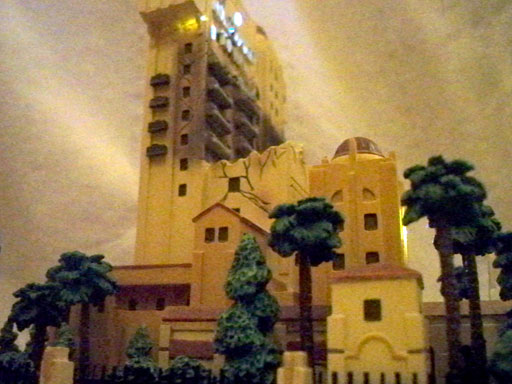 tower of terror big fig replica side view