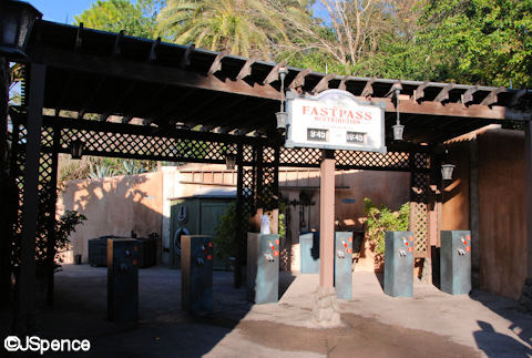 hs_tower_of_terror_fastpass_area