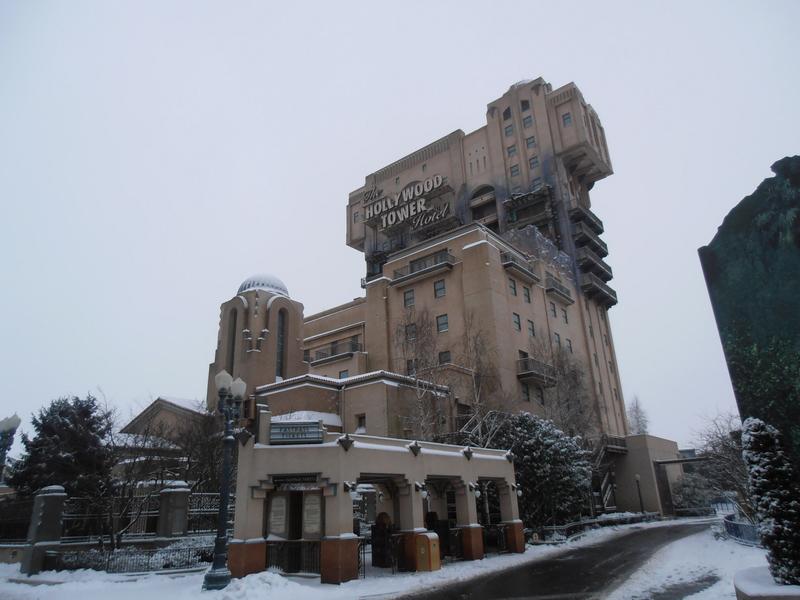 Paris Tower of Terror snow