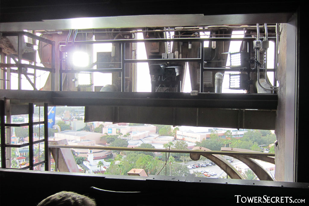 orlando_tower_of_terror_view_from_top_see_backstage_area