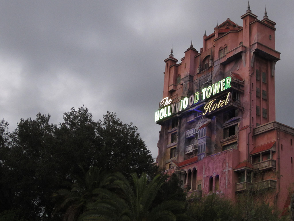 tower_of_terror_hollywood_studios_orlando_twilight