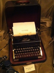 twilight_zone_thing_about_machines_typewriter